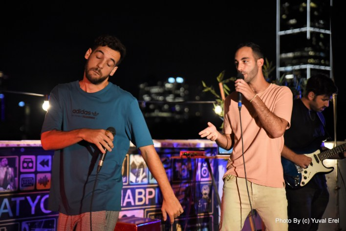 אמיר ובן...מופע התרמה ואהבה למען נוער בסיכון. צילום יובל אראל