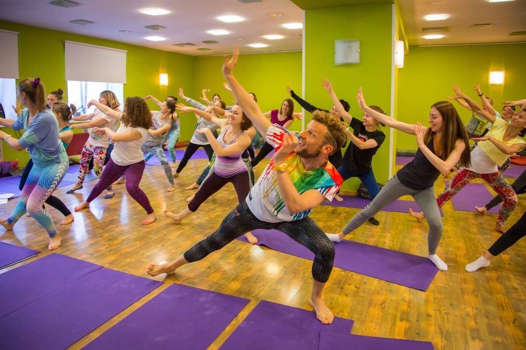 yoga dance by Benjamin Hart