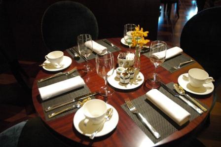 Table Manner  Yuvita Non Class 4SA01