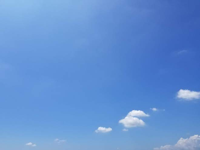 Galaxy S8+で撮った空の色