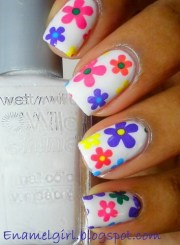 make cute nail design