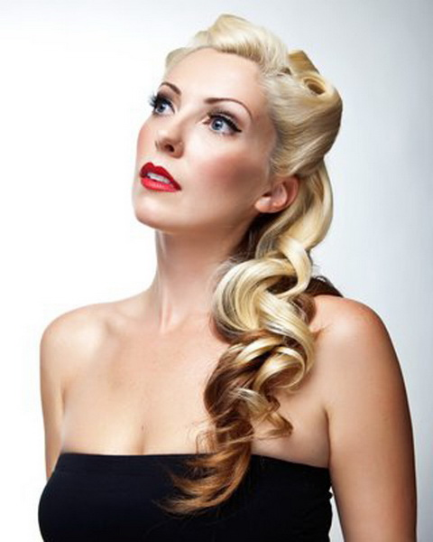 15 Pin up hairstyles easy to make  yvestylecom