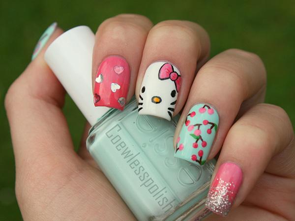 15 Pretty Hello Kitty Nail Designs