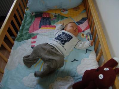 Yves bekommt ein neues Bett