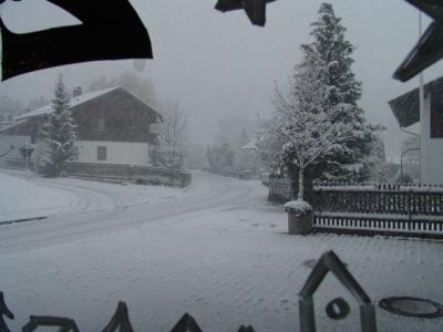Yves sieht den ersten Schnee!