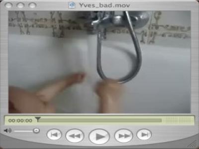 Yves in der Badewanne