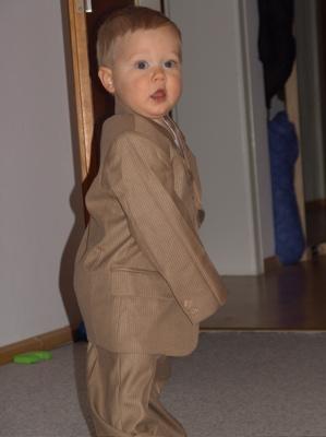 Ein Krümel im Anzug