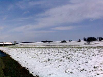 Überall liegt noch ein bisschen Schnee
