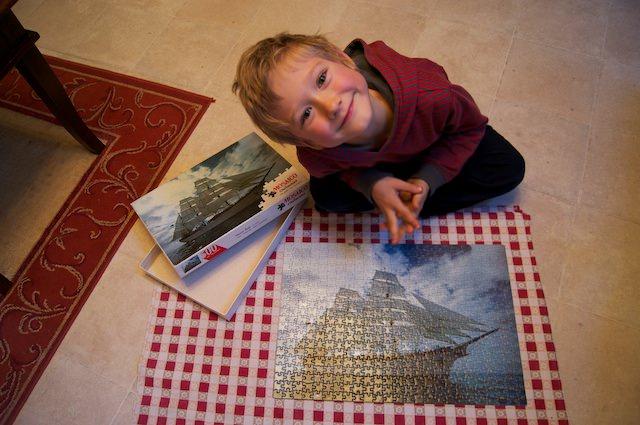 Yves con il puzzle di 500 pezzi