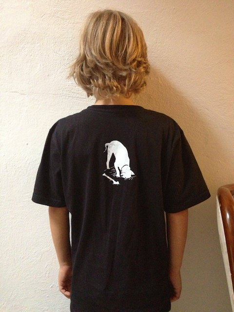 Ecco l'osso che manca sulla maglietta di Yves