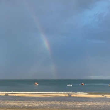 Wow! This time, much more of the rainbow is visible!