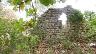 Quelques ruines témoignent d'un habitat ancien