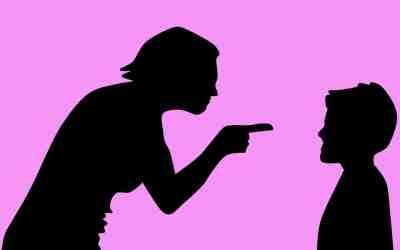 ¿Por qué necesitamos controlar tanto a los niños?
