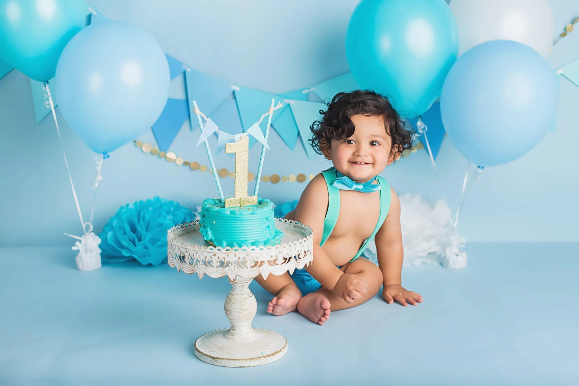 Blue And Gold Cake Smash For Baby Boy Yvonne Leon