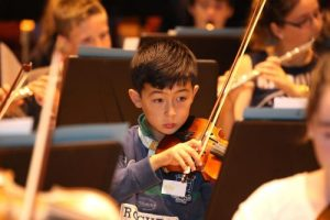 yvonnelin_traning_young-violinist