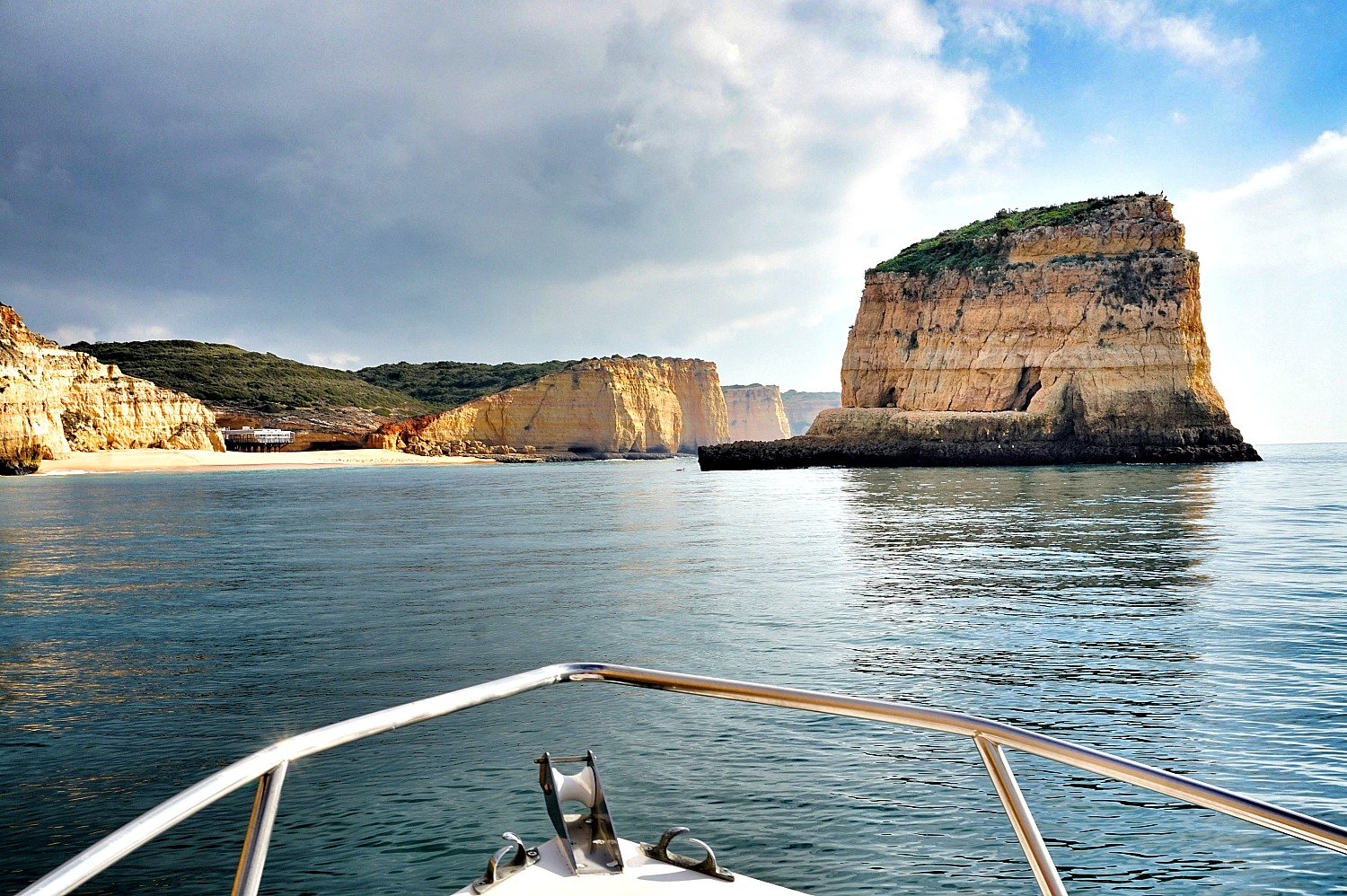 Portugal - one week itinerary. Take a boat tour to truly appreciate the beauty of Algarve.