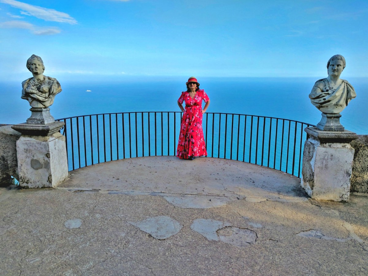 Statues at Villa Ravello overlooking the sea.