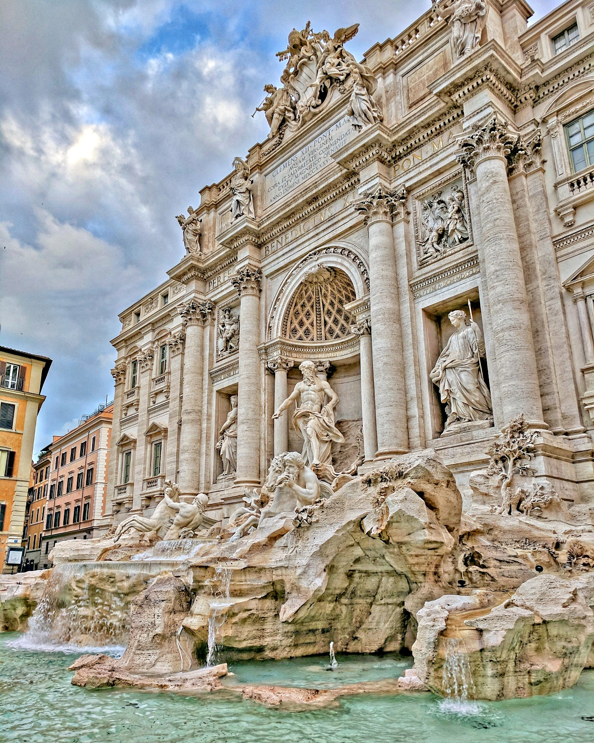 Di Trevi Fountain at 7 AM.