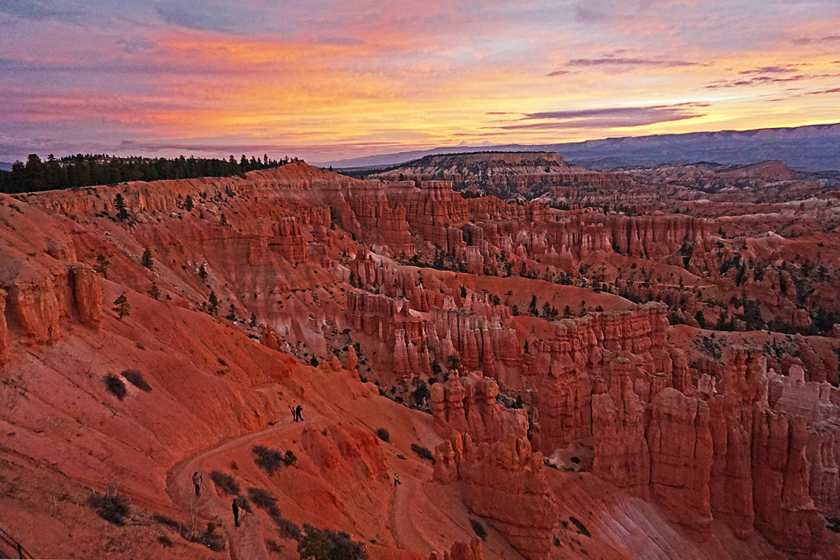 Bryce Canyon National Park. Sunrise.