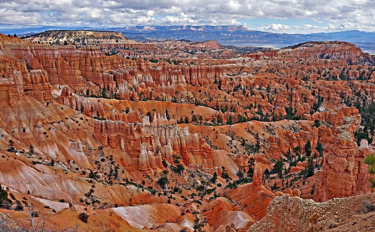 An overlook at Bryce Canyon National Park.