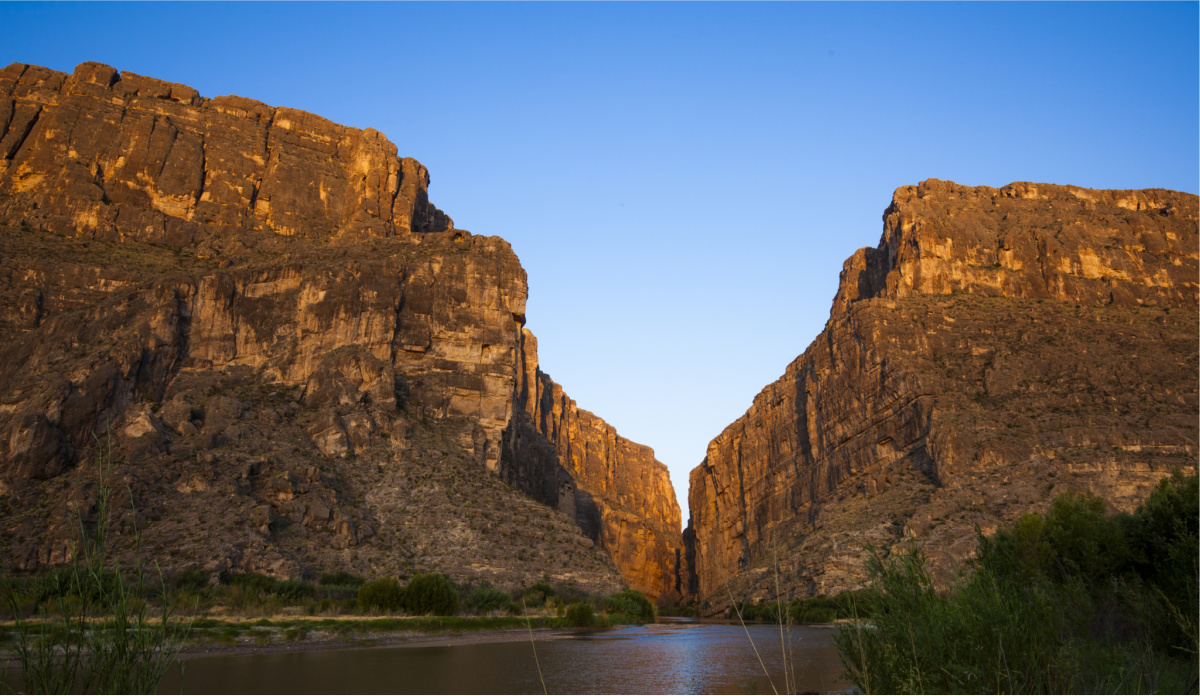 The best national parks to visit in winter. Big Bend National Park. Balanced Rock.