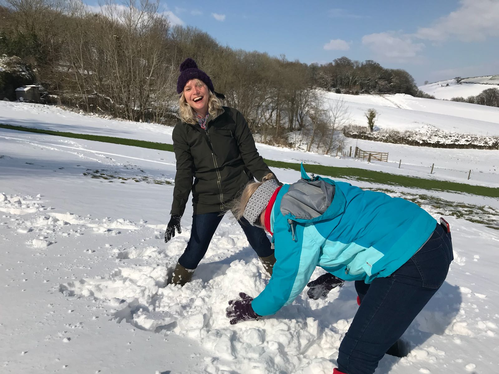 snow, snowman, sewing retreat, devon, totnes