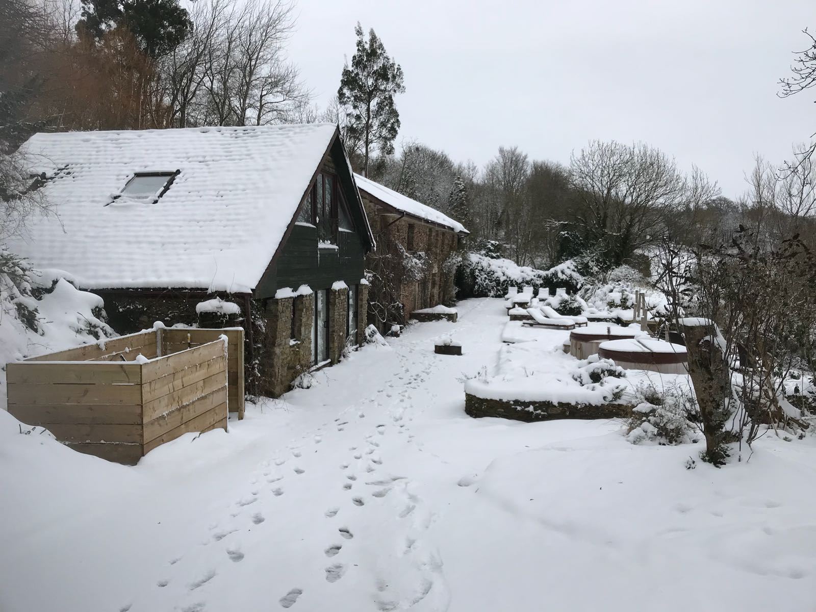 The Shippon, snow, sewing retreat, devon, totnes