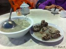 Perfectly brine-pork-bones porridge