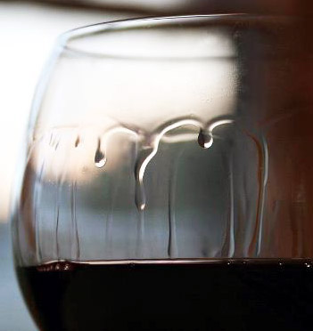 Why does wine cry? | The Horse's Mouth