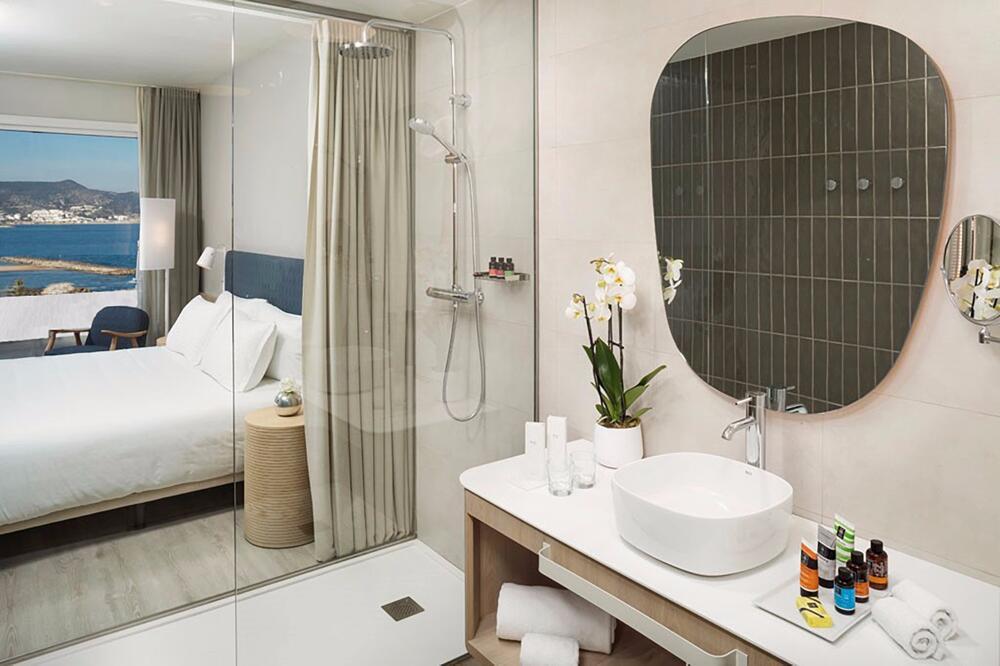 Hotel ME Sitges Terramar Sitges  Centraldereservascom