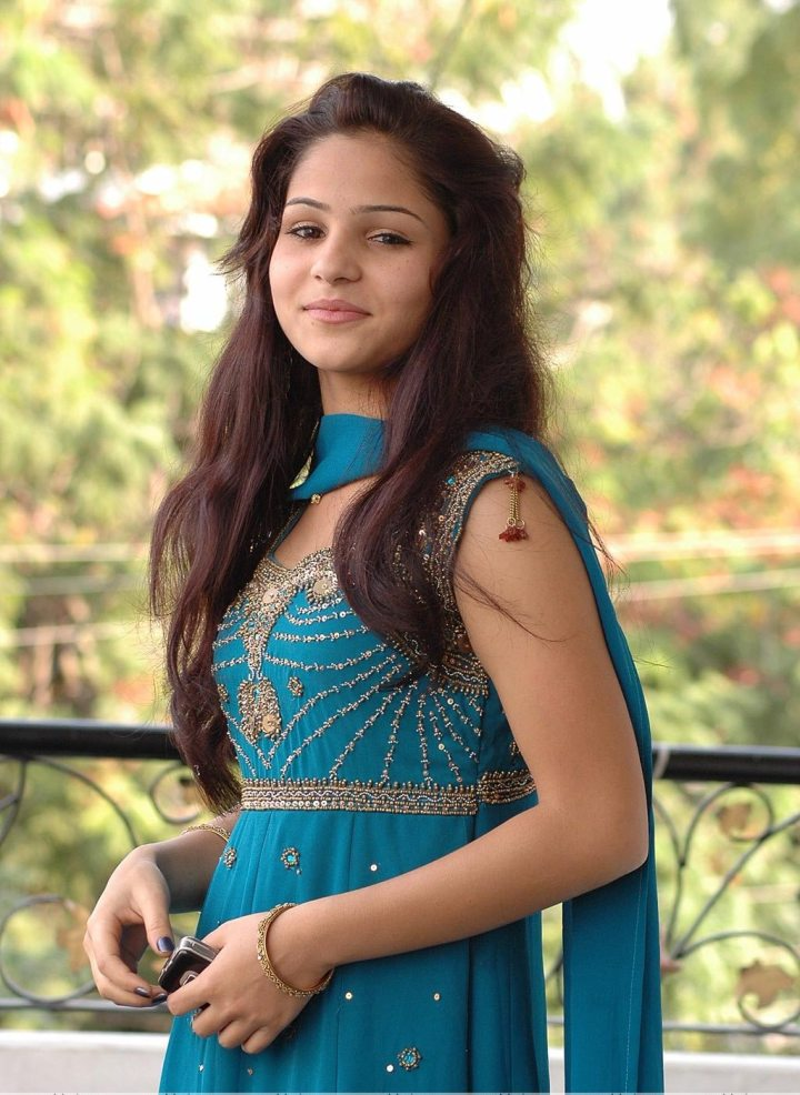 Indian Simple Girl Full Hd Image | allofpicts