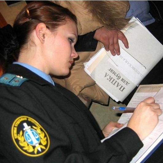 http://z.iticn.ru/snyatie-aresta-s-imushhestva-i-bankovskoj-karty/