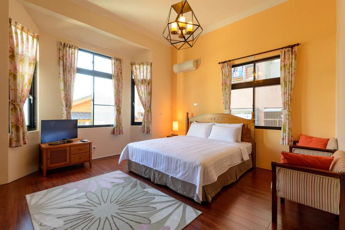 臺東市獨棟房里的合住房間民宿短租 - 4 + 57背包客雙床房/市中心 - Airbnb愛彼迎