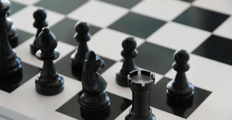 تحميل لعبة الشطرنج اون لاين مع اشخاص للأندرويد شطرنج - اِلعب وتعلّم