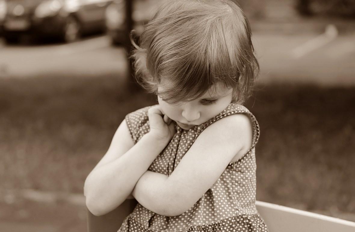 nieśmiałe dziecko