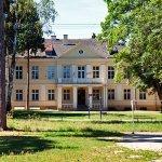 Dwór w Bronikowie
