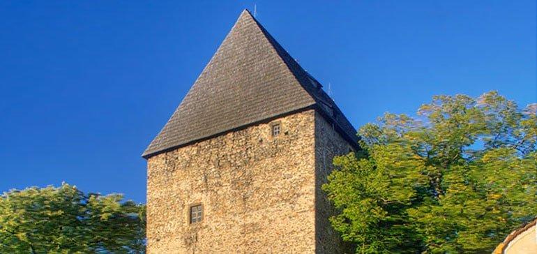 Wieża mieszkalna w Siedlęcinie