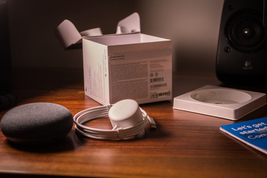 Google Home Mini (12 of 17)