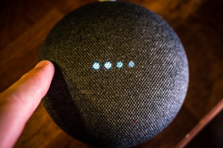 Google Home Mini (7 of 17)