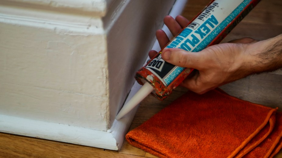 Caulking Guide (15 of 19)