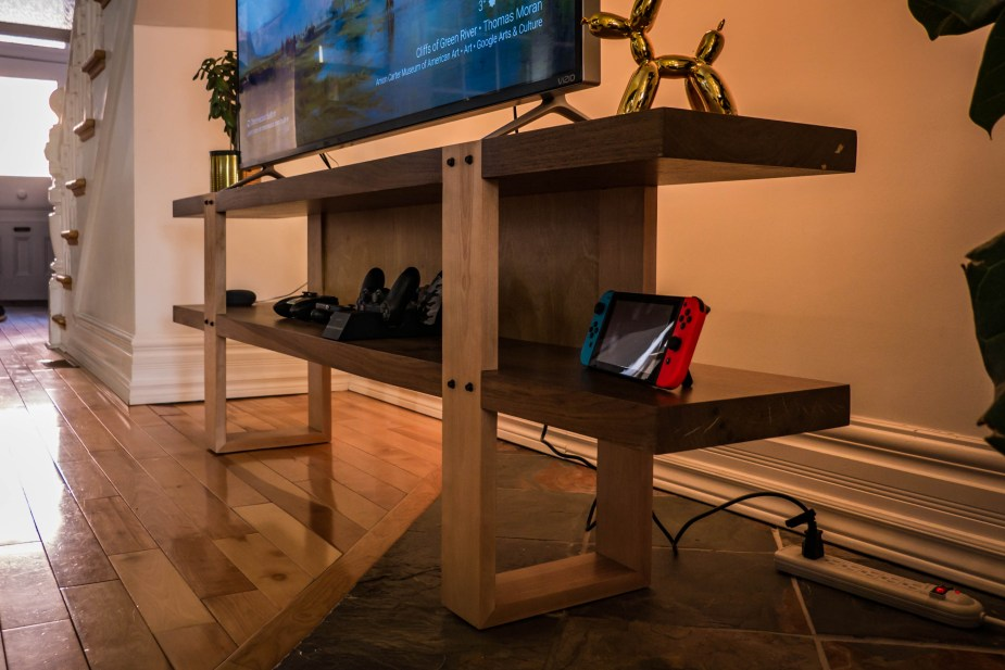 TV Stand (55 of 67)