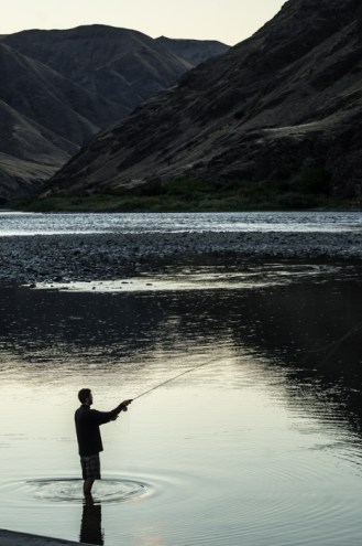 Evening Fly Fishing in Oregon along the Snake