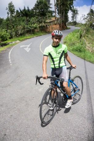 A Helpful Tico Cyclist