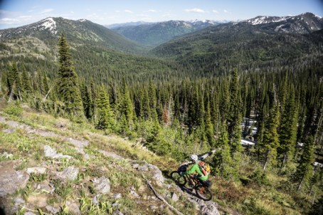 Some Beatiful Riding Above Quintonkon Creek