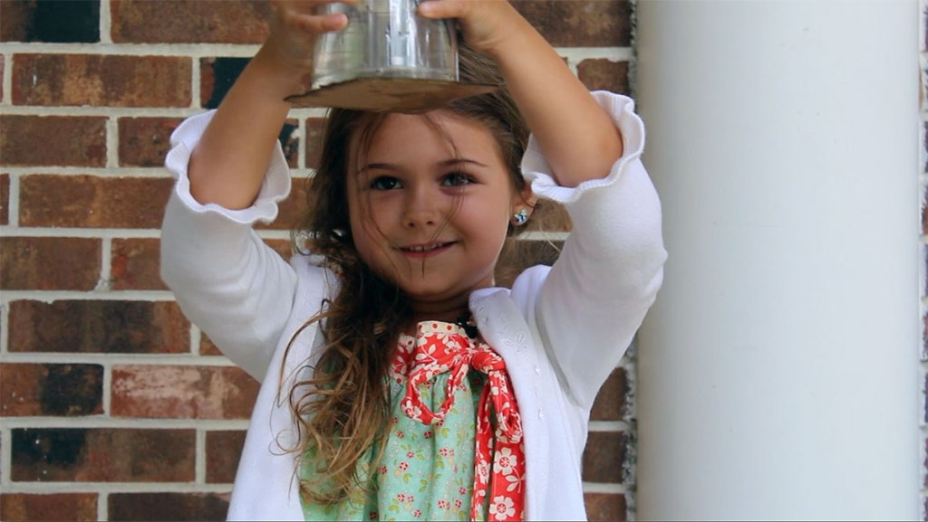 Milly the Science Girl Episode 1: Upside-down Water