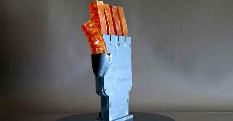 A Cornell team led by Rob Shepherd, associate professor of mechanical and aerospace engineering, made a 3D-printed hand with hydraulically controlled fingers that can cool itself by sweating.