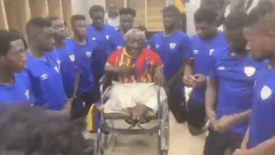 Watch as lifelong Hearts of Oak fan, 67-year-old Ataa Abbey delivers rousing speech to players [VIDEO] – Citi Sports Online