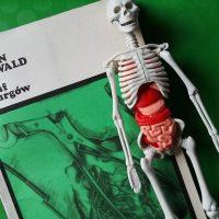 """Lek na całe zło? (Jürgen Thorwald, """"Triumf chirurgów"""")"""