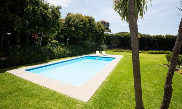 landscaping ideas pool