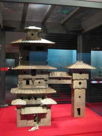 浙江省博物館 2008年秋企畫展示 「蕓術精品系列特展 - 中國出土歴代建築明器 」(5)